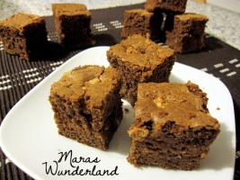 Schoko-Brownies mit weißer Crisp 04